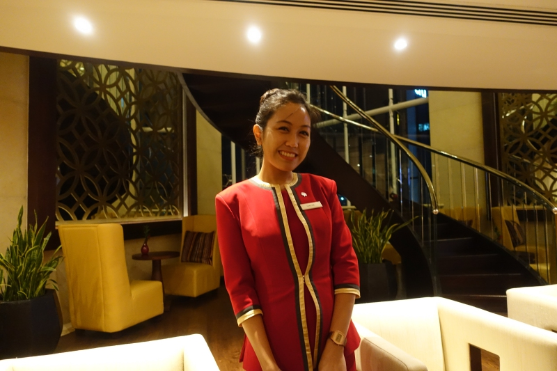 Raffles Dubai Club Lounge Associate