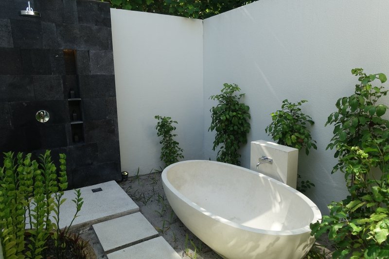 Outdoor Rain Shower and Bath Tub, Park Hyatt Maldives Review