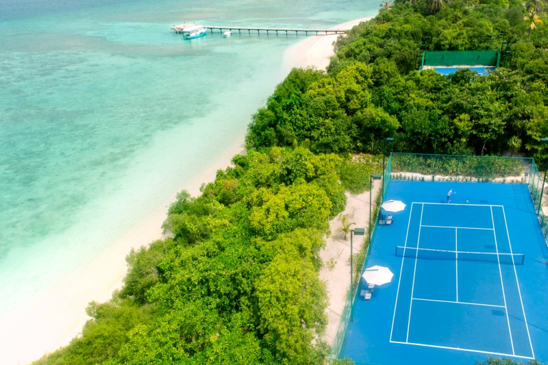 Tennis Island, Cheval Blanc Randheli Review