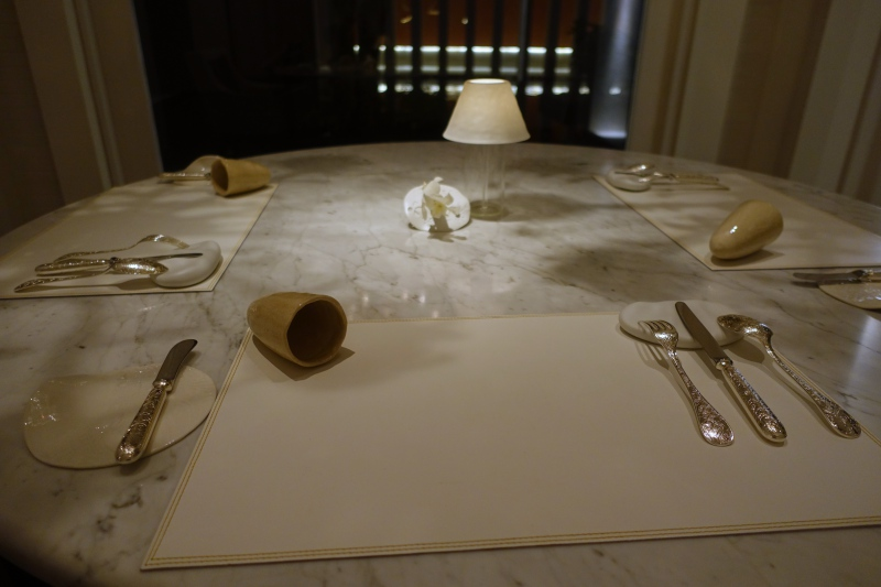 Le 1947 Table Setting, Cheval Blanc Randheli Review