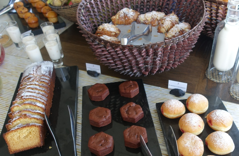 Breakfast Pastries, Cheval Blanc Randheli Review