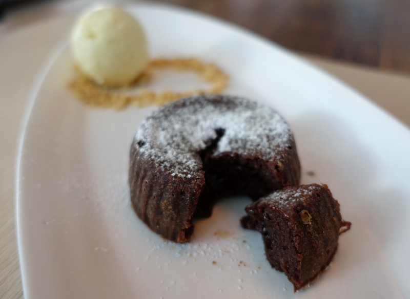Molten Chocolate Cake, Perry St NYC Review