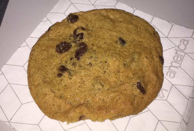 Chocolate Chip Cookie, Virgin America First Class Review