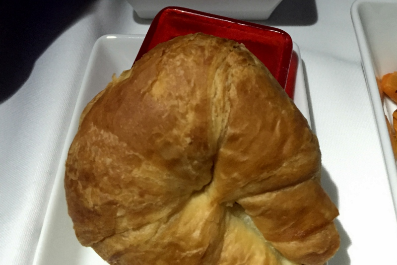 Croissant, Virgin America First Class Review