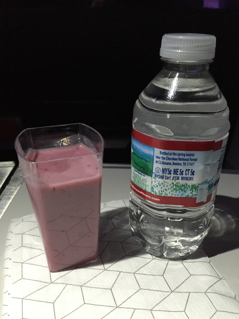 Breakfast Smoothie, Virgin America First Class Review