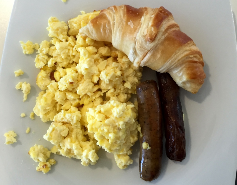 Scrambled Eggs, Sausages and Croissant, Air France Lounge New York JFK Review