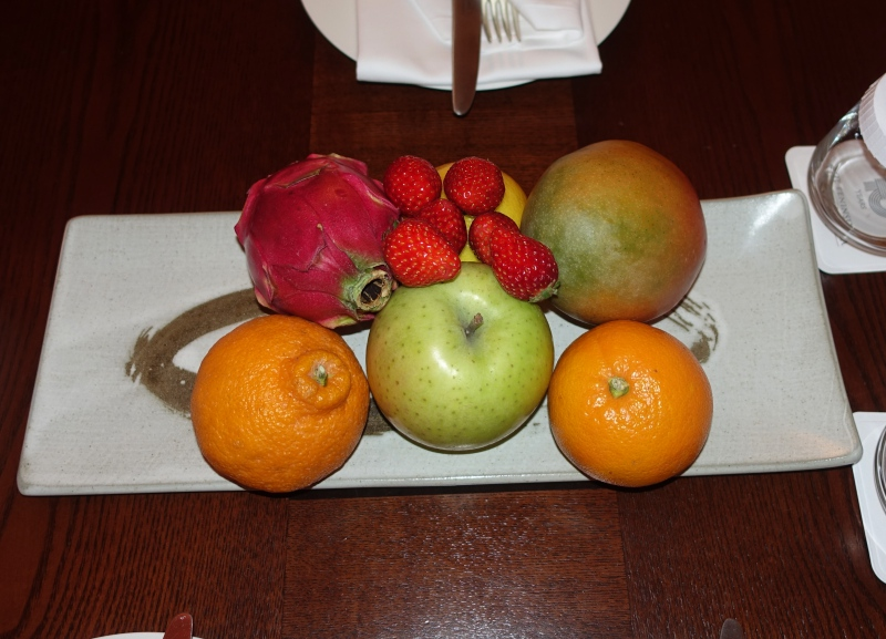 Fresh Fruit Welcome Amenity, The Peninsula Tokyo Review