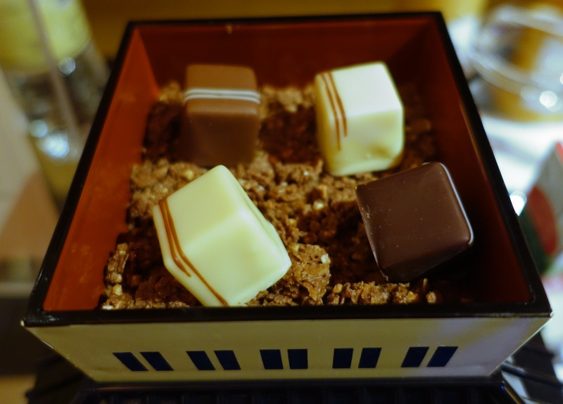 Chocolate Welcome Amenities, The Peninsula Tokyo Review