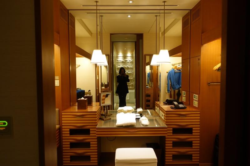 Walk In Closet, The Peninsula Tokyo Hotel Review 2017