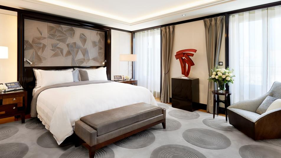 Which Hotels Offer Guaranteed Early Check In And Late