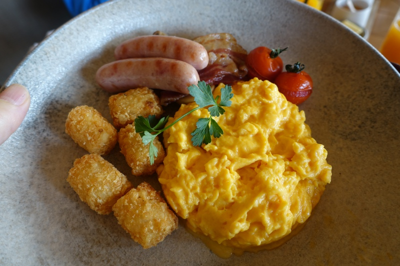 Amanemu American Breakfast: Scrambled Eggs