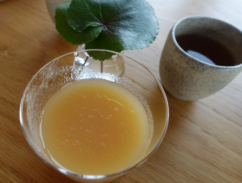 Amanemu Afternoon Tea: Artisanal Apple Juice and Tea