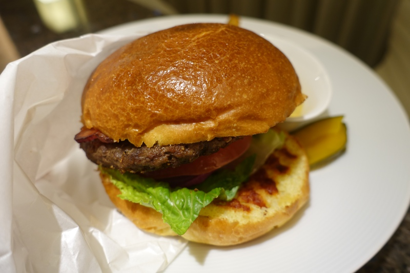 Burger, Four Seasons Kyoto Room Service Review