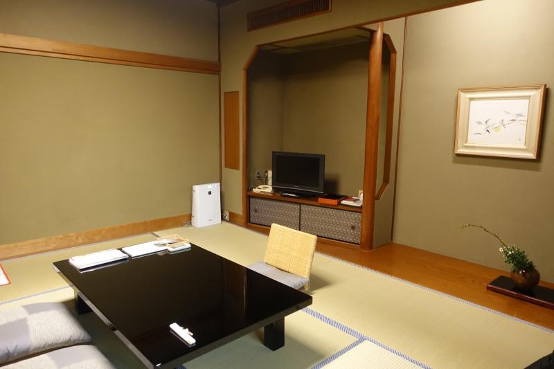 Hatsune Room, Nishimuraya Honkan