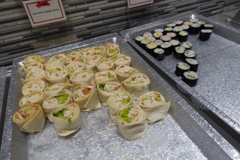 Wraps and Sushi, Korean Air Lounge LAX Review