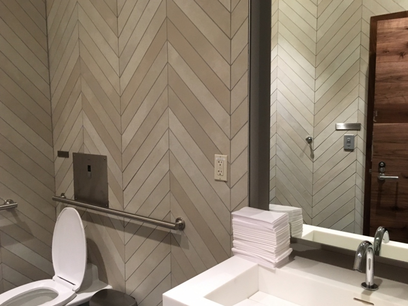 AMEX Centurion Lounge Seattle Shower Room Review