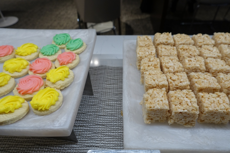 Cookies and Rice Crispy Treats, AMEX Centurion Lounge Seattle Review