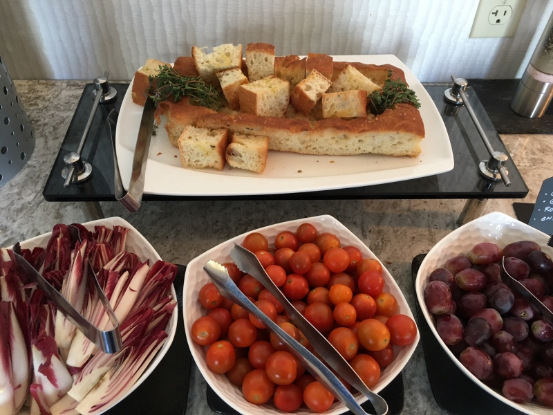 Focaccia, Tomatoes, Grapes, Ritz-Carlton San Francisco Club Lounge Review