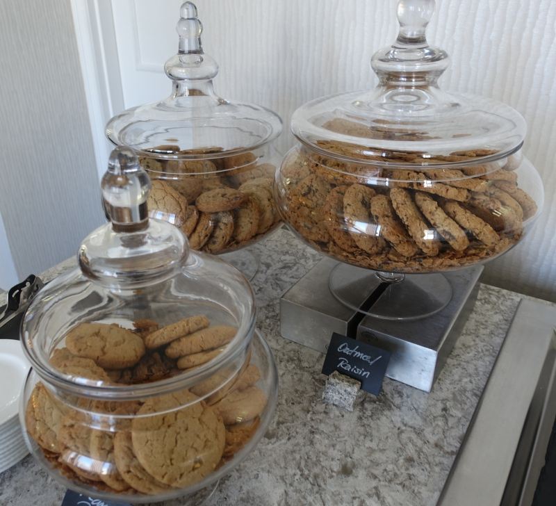 Cookies, Ritz-Carlton San Francisco Club Lounge Review