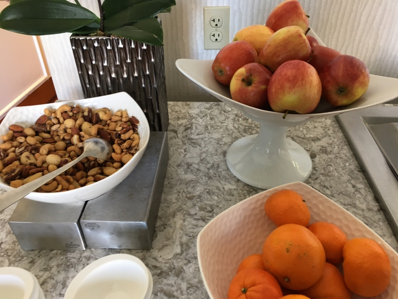 Fruit and Nuts, Ritz-Carlton San Francisco Club Lounge Review