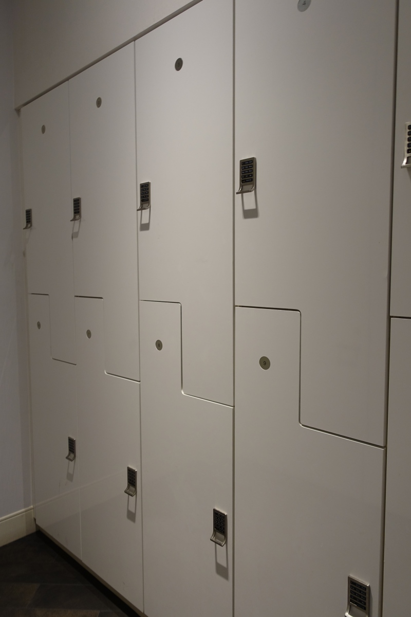 Lockers, AMEX Centurion Lounge SFO Review