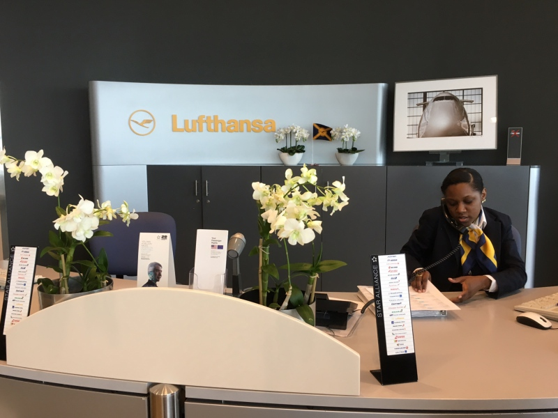 Reception, Lufthansa Business Class Lounge JFK Review