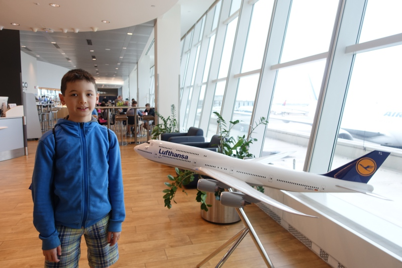 Model of Lufthansa A380, Lufthansa Business Class Lounge JFK Review