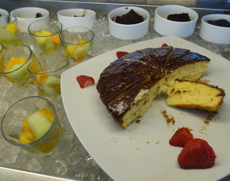 Dessert, Lufthansa Business Class Lounge JFK Review