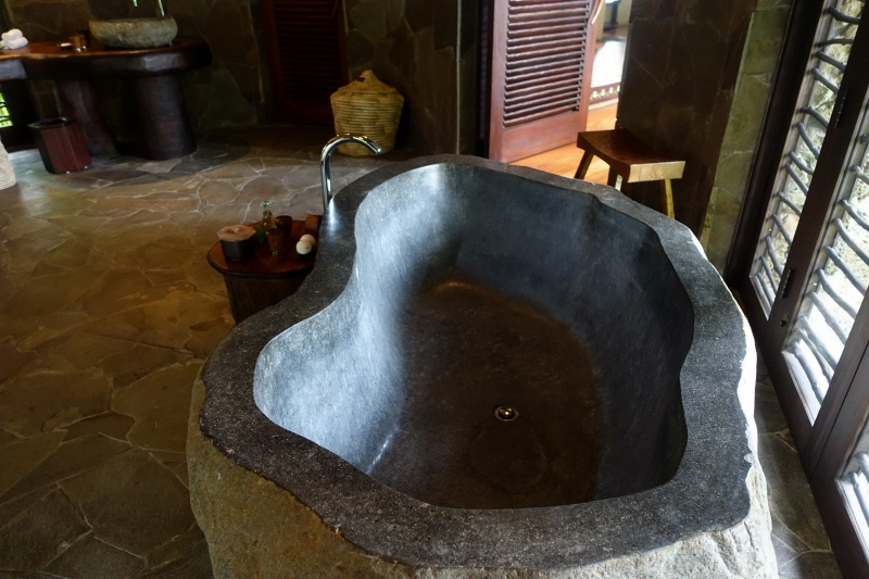 Laucala Plantation Villa Soaking Bath