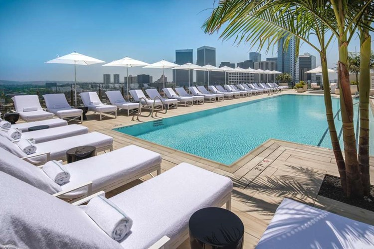 Waldorf-Astoria Beverly Hills: 4th Night Free + Virtuoso Perks