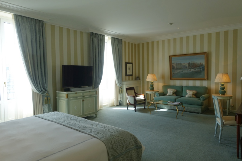 Junior Suite, Four Seasons Geneva Review