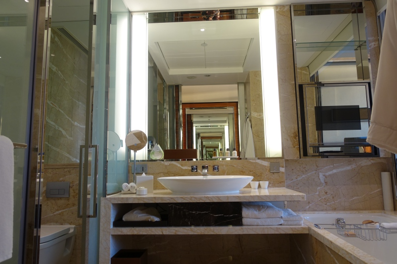 Bathroom, The Fullerton Bay Singapore Review