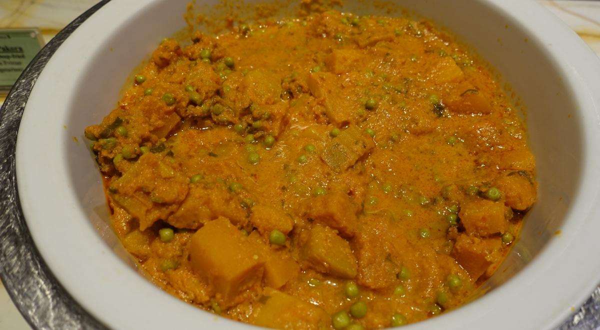 Pumpkin Mattar Curry with Green Peas, SilverKris Lounge Review