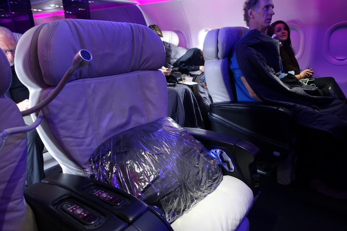Virgin America: Let First Class Pre-Order Meals!