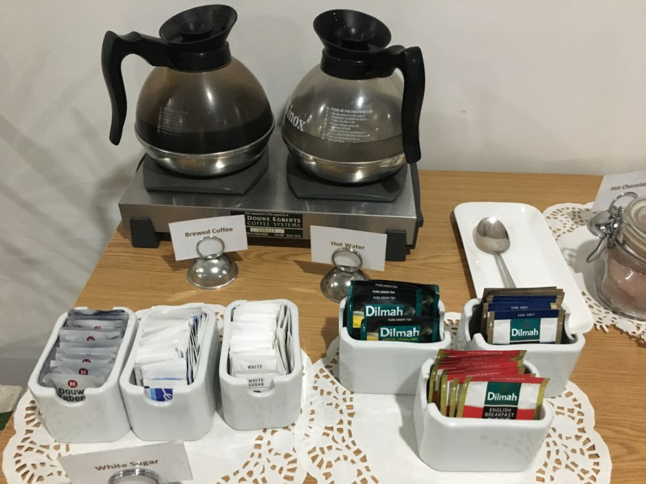 Coffee and Tea, Fiji Airways Lounge, Nadi Review