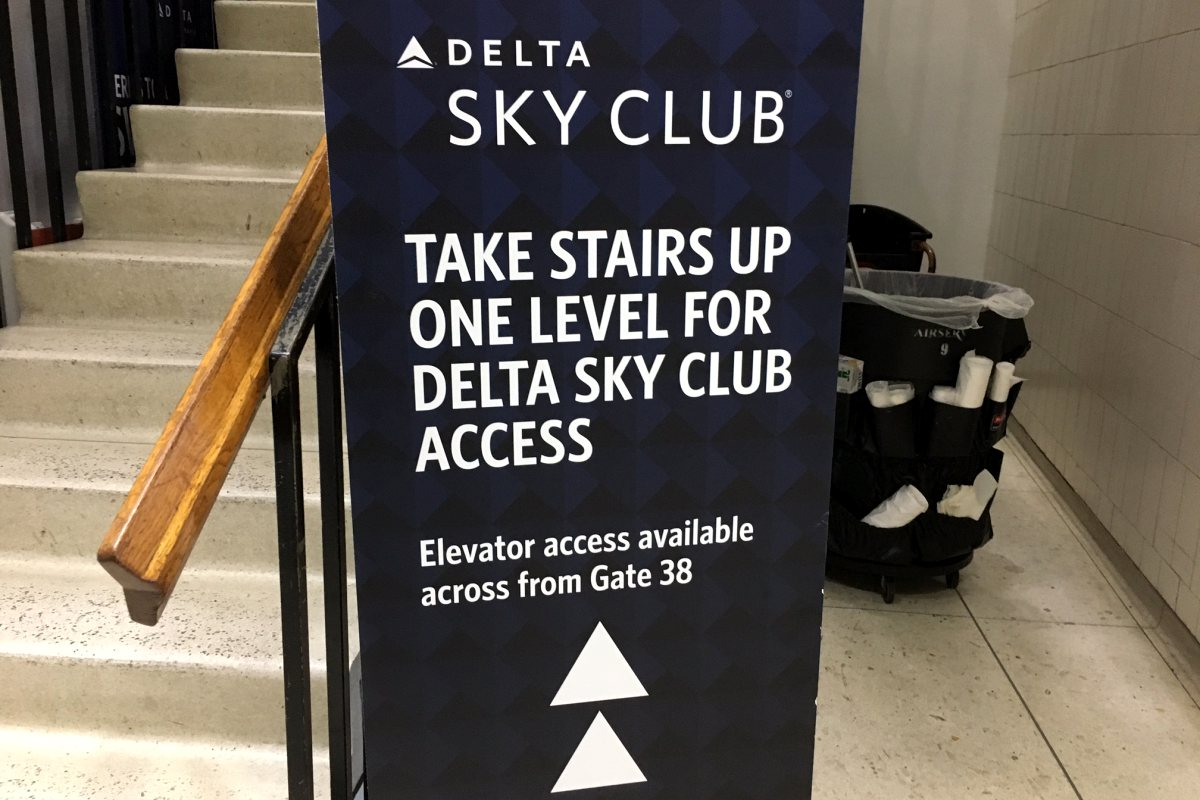 Delta Sky Club LAX T3