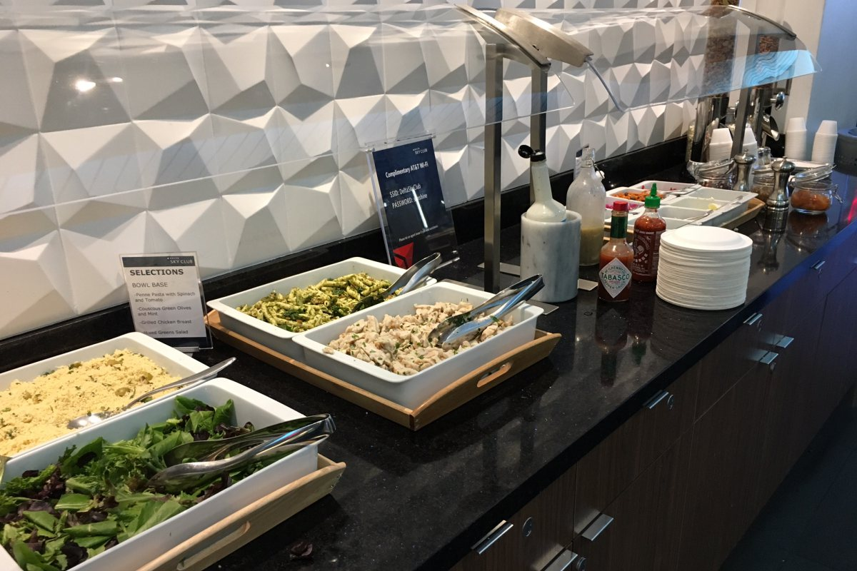 Delta Sky Club LAX T3 Buffet