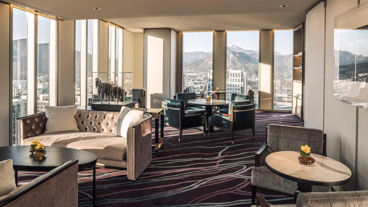 Four Seasons Seoul Executive Club Lounge