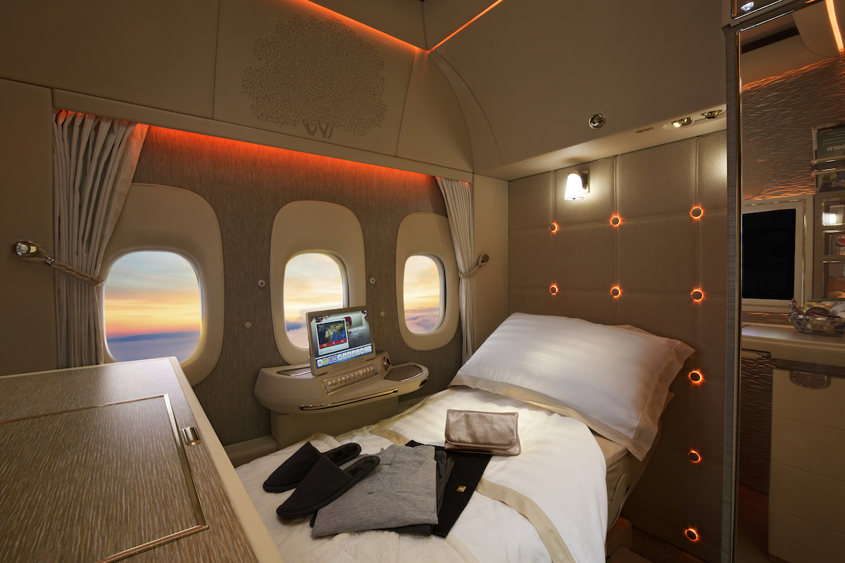 Emirates New First Class Suite Bed, 777-300ER