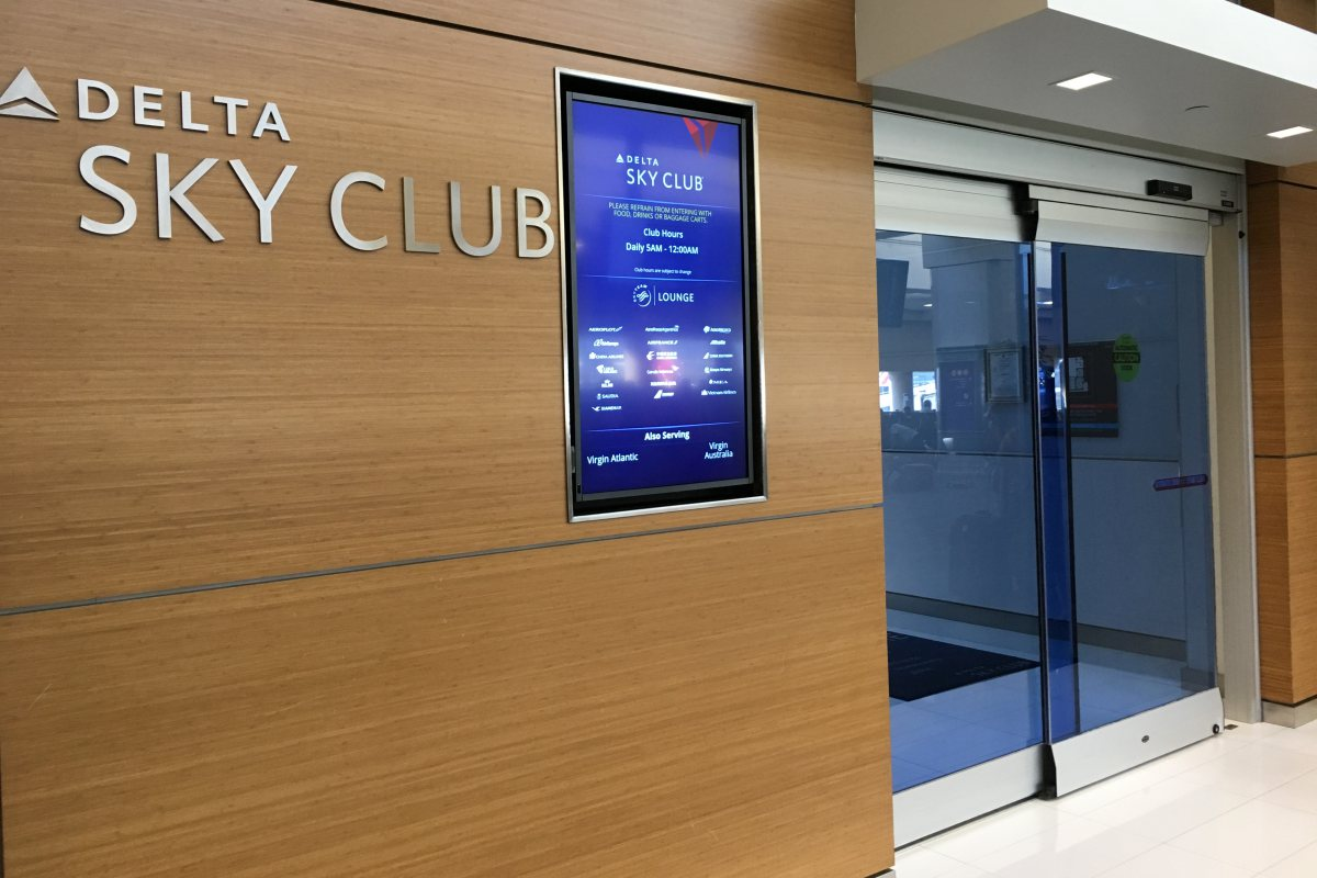 Delta Sky Club SFO Review