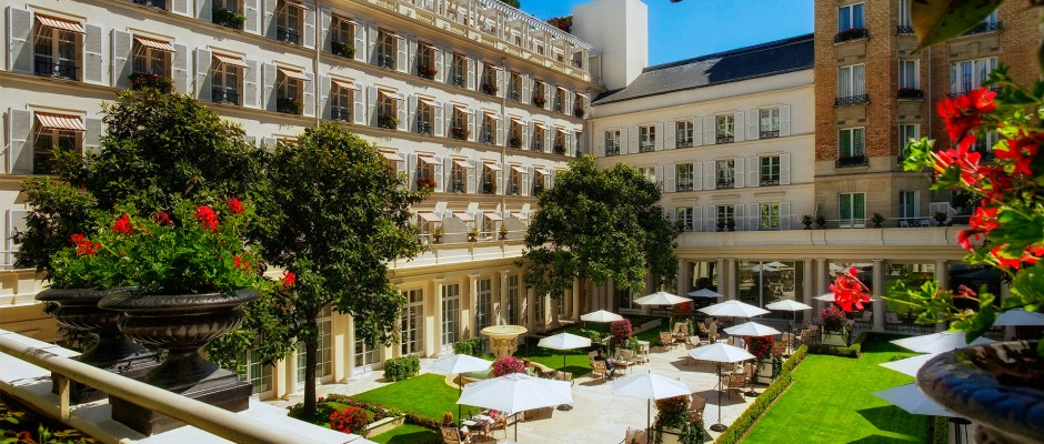 Paris Luxury Hotels: 5 Things They Excel at and 1 Thing They Could Improve