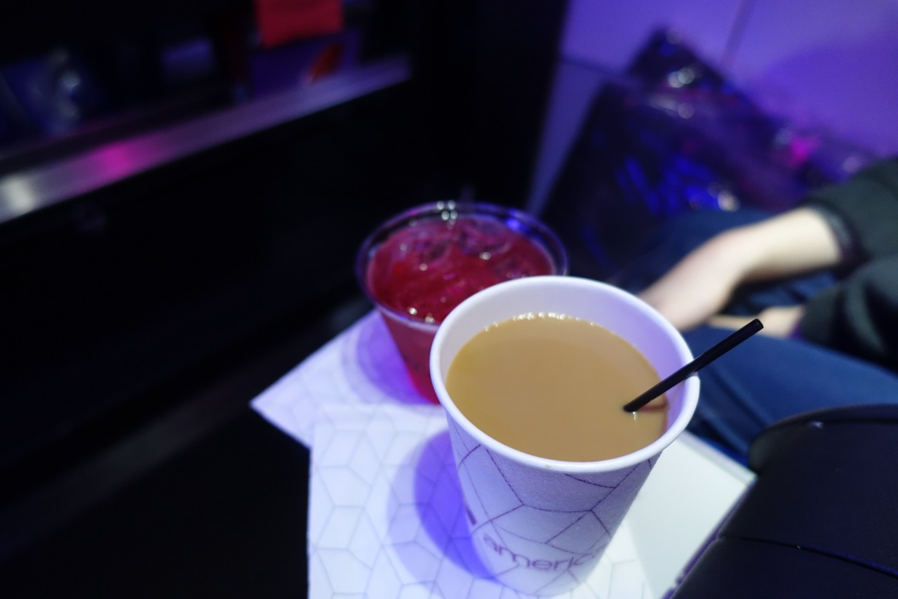 Pre-Flight Drinks, Virgin America First Class Review