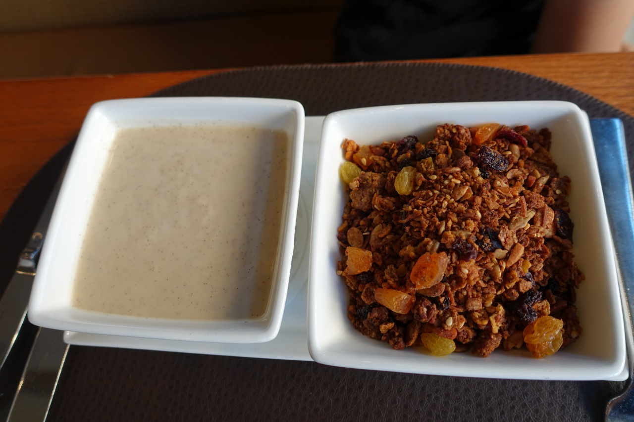House-made Granola, Quattro