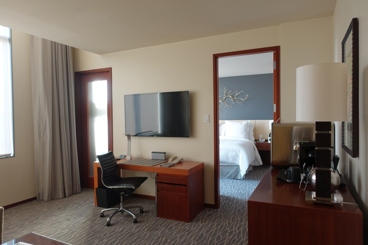 Deluxe Four Seasons Executive Suite, Four Seasons Silicon Valley Review