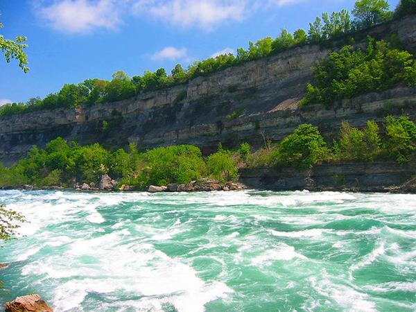 White Water Walk-Niagara Falls with Kids