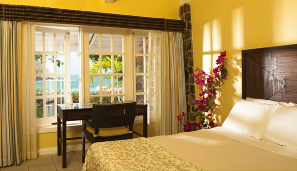Superior Deluxe Beachfront Room, Smugglers Cove Resort, St Lucia