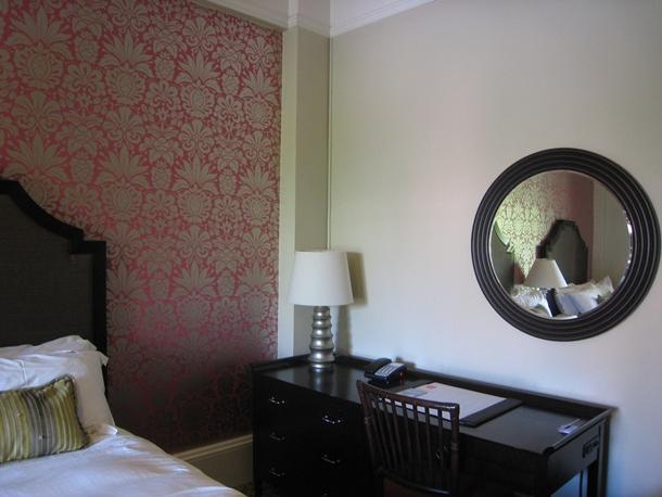 The Royal Hawaiian Hotel Review-Work Desk