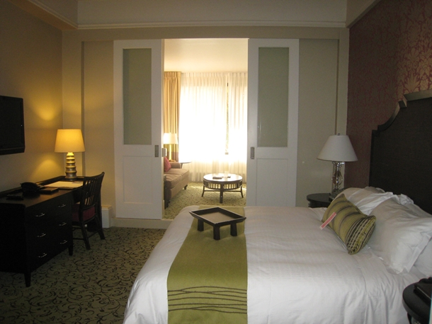 The Royal Hawaiian Hotel Review-Royal Ocean Junior Suite