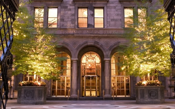 Top green luxury hotels in nyc for Expensive hotel in new york