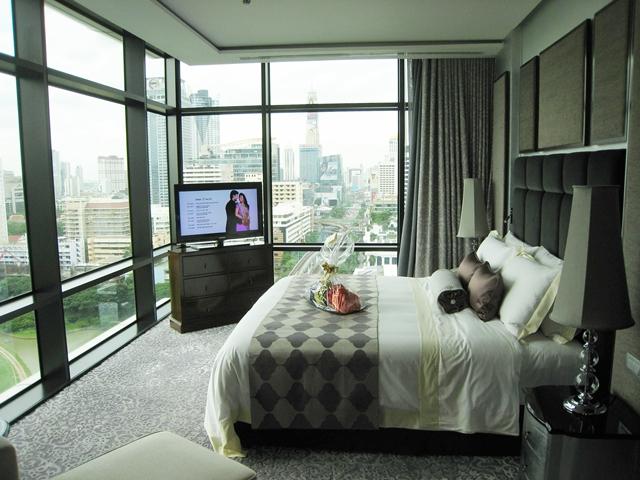 St. Regis Bangkok Hotel Review